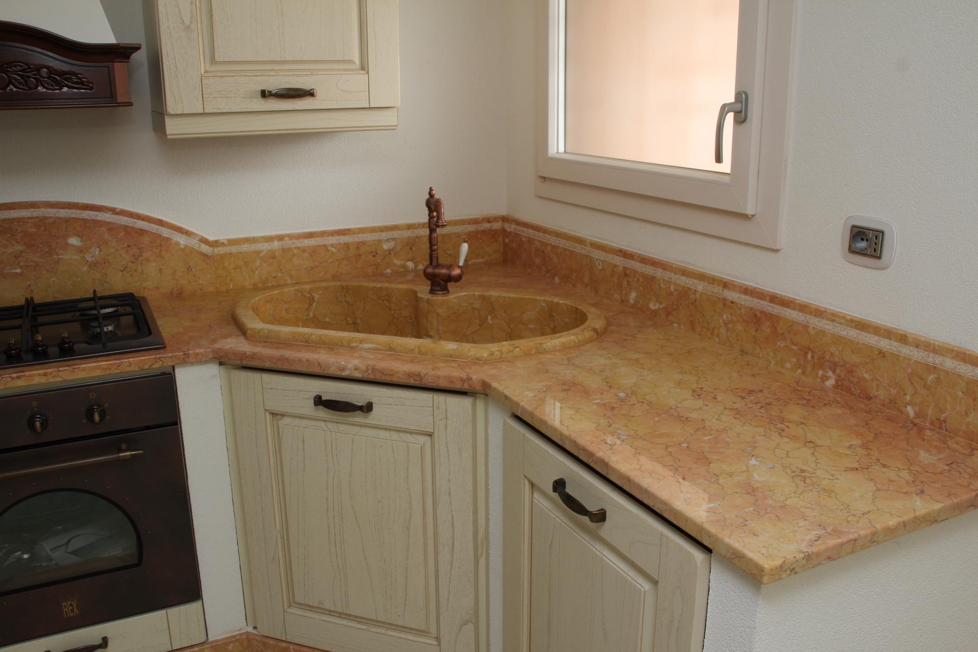 Zem marmi foto di cucine in marmo granito a prezzi bassi - Marmo piano cucina ...